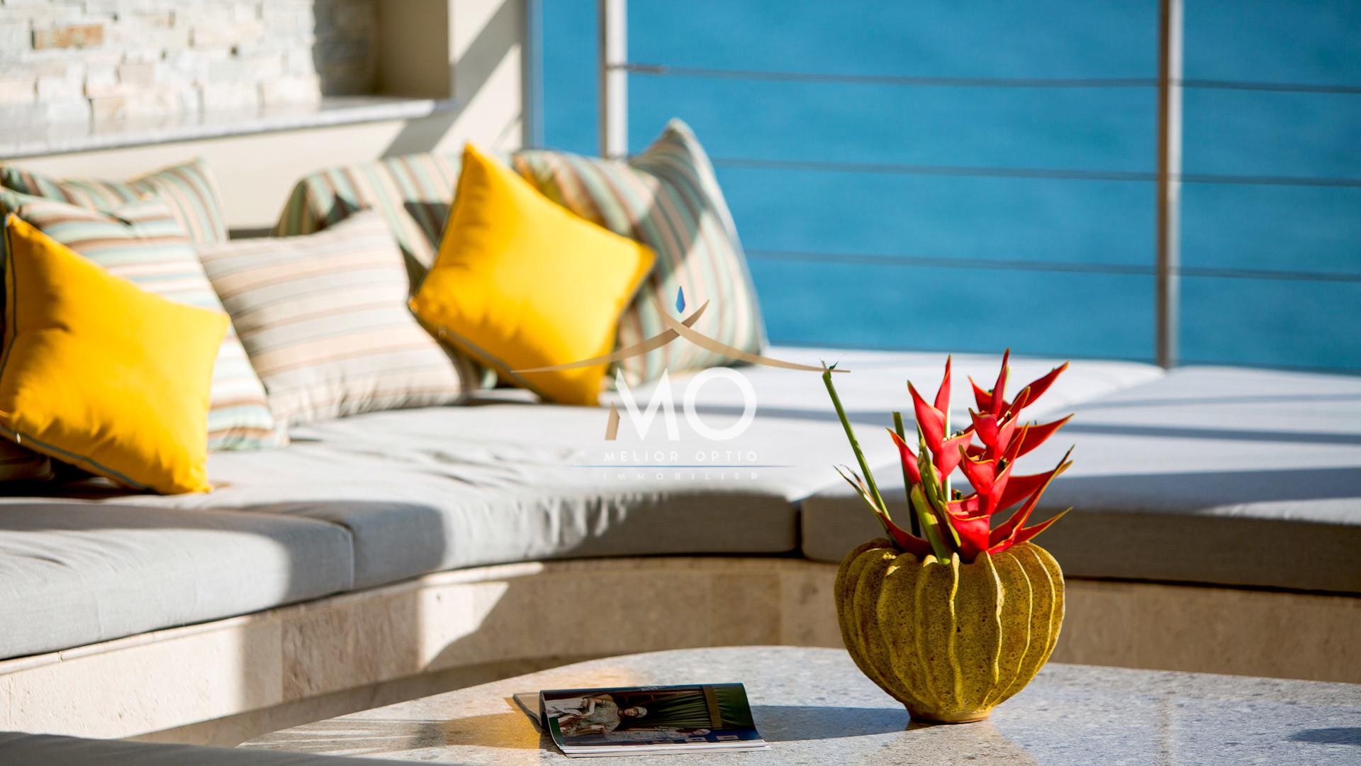 VILLA MOONSTONE - Terrace Sala